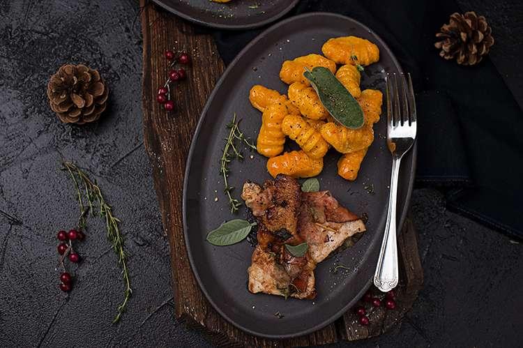 Cooking Catrin kocht für Hütthaler Saltimbocca